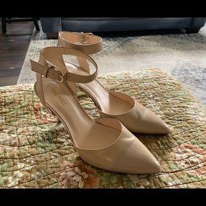 Nine West nude ankle strap pump size 8